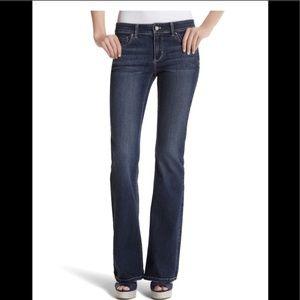 White House Black Market Blanc Flare Leg jeans 4S